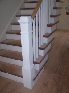 Nice white newel